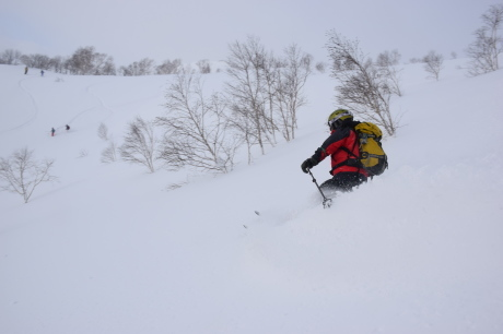 2018年1月21日ニセコ五色温泉に泊まり、裏のメクンナイ岳を滑る_c0242406_17123052.jpg