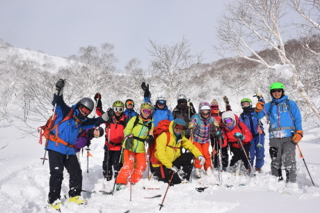 2018年1月21日ニセコ五色温泉に泊まり、裏のメクンナイ岳を滑る_c0242406_17342386.jpg