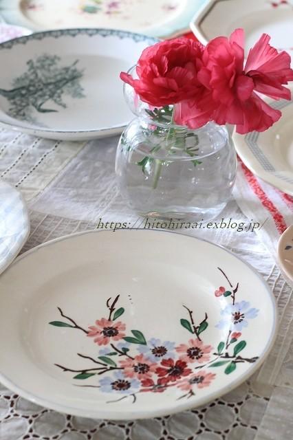 春のお皿を集めてみました。_f0374092_22201817.jpg