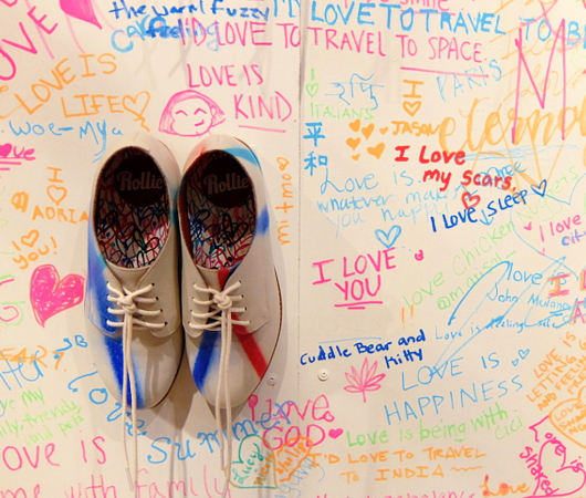 キャナル・ストリート・マーケットで「ラブ・ウォール」(Love Wall)展?!_b0007805_23284513.jpg