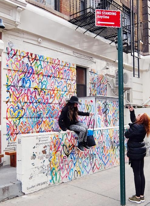 キャナル・ストリート・マーケットで「ラブ・ウォール」(Love Wall)展?!_b0007805_2341958.jpg
