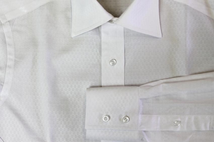 これからの季節、コットンシャツで清潔さもキープしましょう。_b0081010_19321437.jpg
