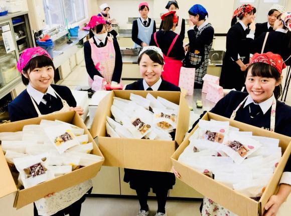 バームクーヘン博覧会 お菓子で元気を_c0239414_17254718.jpg