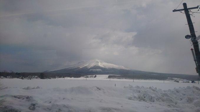 特急スーパー北斗から眺める駒ヶ岳_b0106766_2231111.jpg
