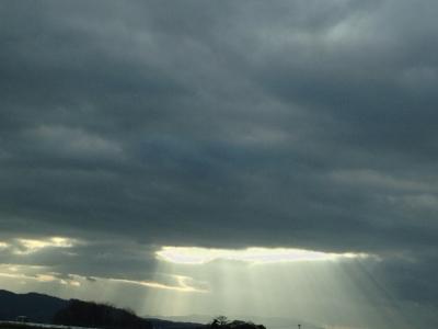光とプラーナヤーマ***_e0290872_22423040.jpg