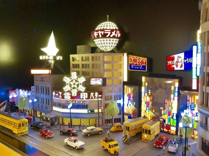 京橋エドグランのエスカレーターのその先へ  _a0103940_02564130.jpeg