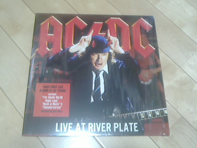 Live At River Plate / AC/DC_c0104445_17345263.jpg