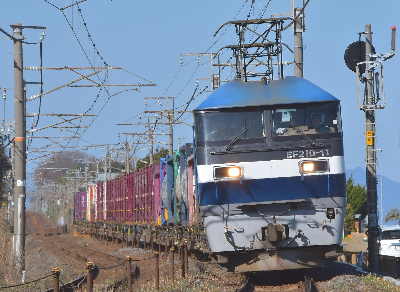 今日の 山陽貨物列車から_a0251146_01072078.jpg