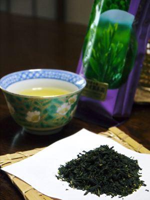 菊池水源茶 有機栽培のお茶に肥料を散布!厳しい基準がありました!_a0254656_18590067.jpg