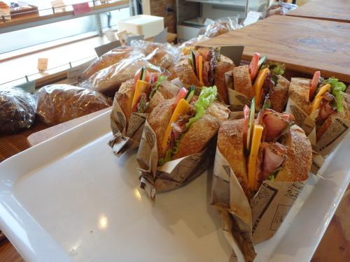 木津川沿いを行く、パンを食べるライド!_a0345079_13142279.jpg