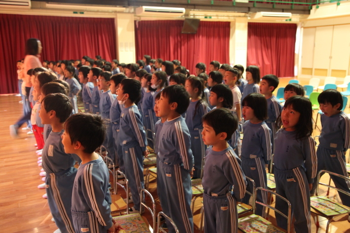 卒園式の練習_b0277979_15384419.jpg