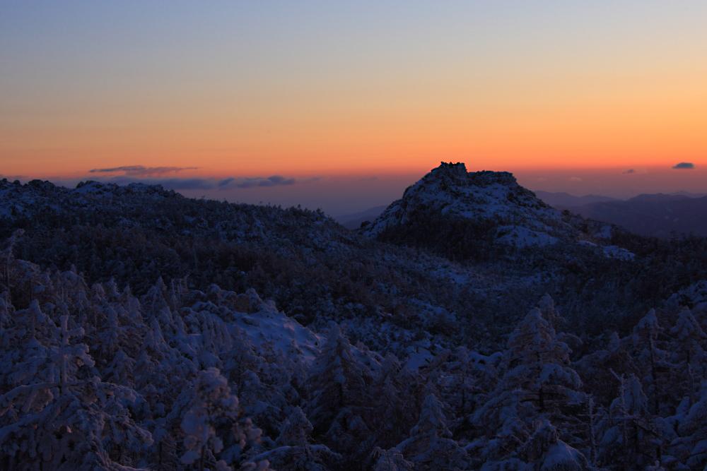 冬山の朝_c0032494_21550508.jpg