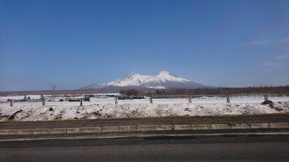 青空と駒ヶ岳_b0106766_21244697.jpg