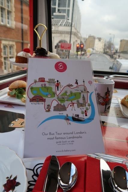 ロンドン2階建バスのアフタヌーンティー_f0380234_02124710.jpg