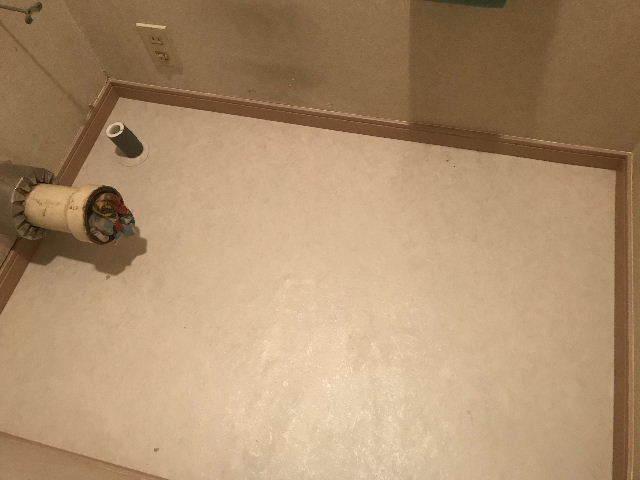 14階建ての7階にて_f0031037_19242120.jpg