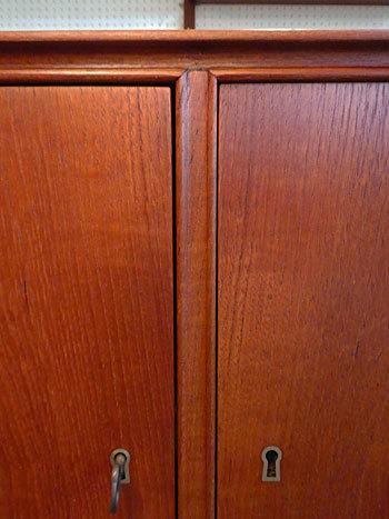 sideboard_c0139773_23113612.jpg