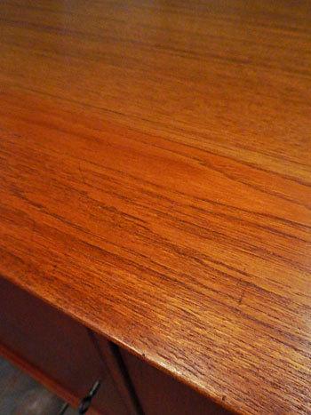 sideboard_c0139773_23124398.jpg