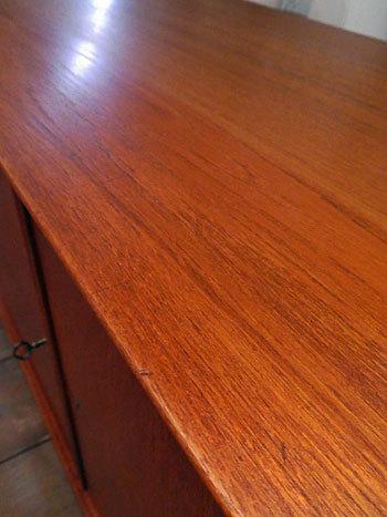 sideboard_c0139773_23125126.jpg