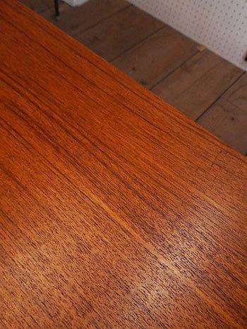 sideboard_c0139773_23131113.jpg