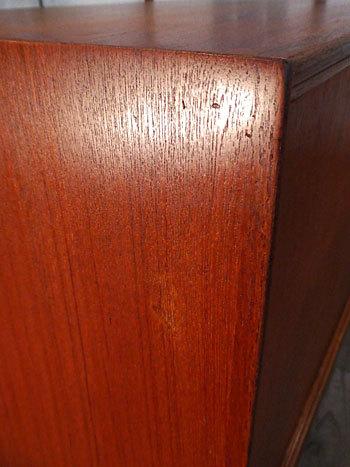 sideboard_c0139773_23133822.jpg