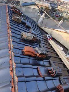 板橋区の赤塚で、瓦屋根取り替え工事_c0223192_22373903.jpg