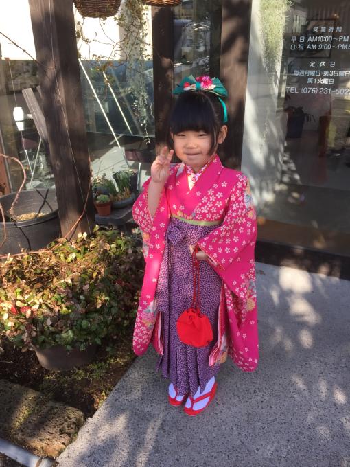 卒園式で袴_f0170422_21340374.jpg