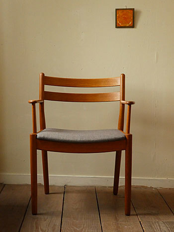 arm chair (Poul M.Volther)①_c0139773_17542540.jpg