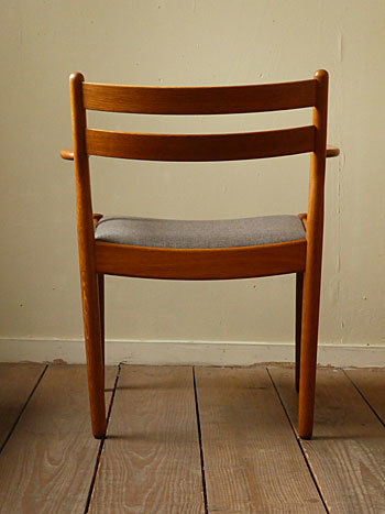 arm chair (Poul M.Volther)①_c0139773_17550607.jpg