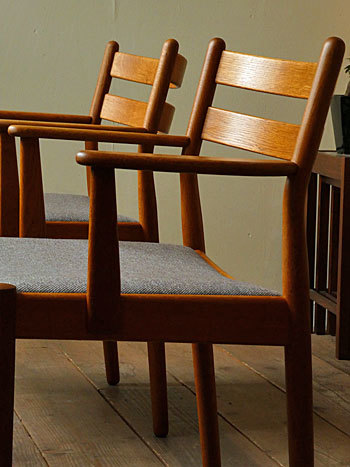 arm chair (Poul M.Volther)①_c0139773_17575339.jpg