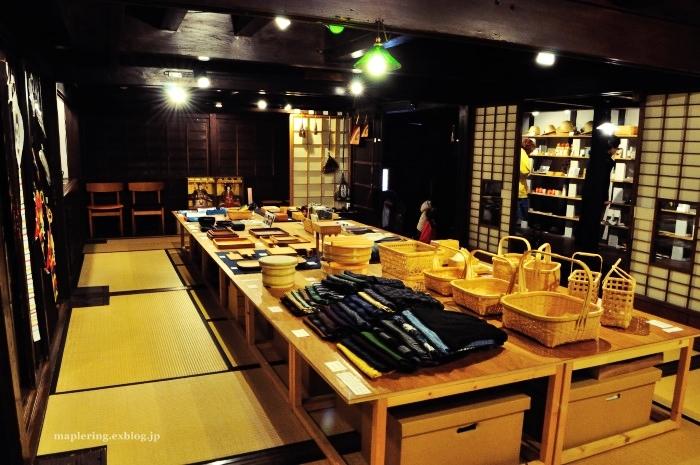 福岡/うなぎの寝床/素敵な古民家アンテナショップ_f0234062_22594002.jpg