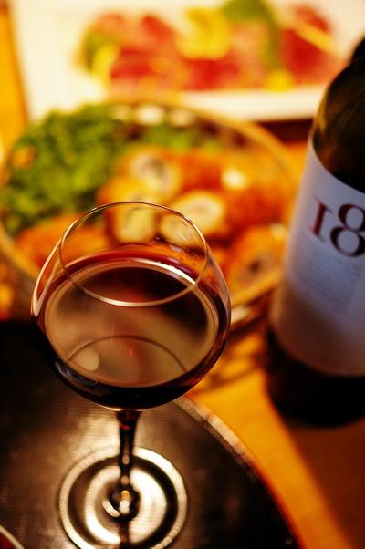 豚の大葉チーズ巻きと赤ワイン_d0327373_19415636.jpg