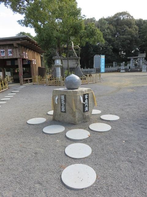 万(よろず)の神様 一同に会す ~冠櫻神社~_f0346196_17013662.jpg