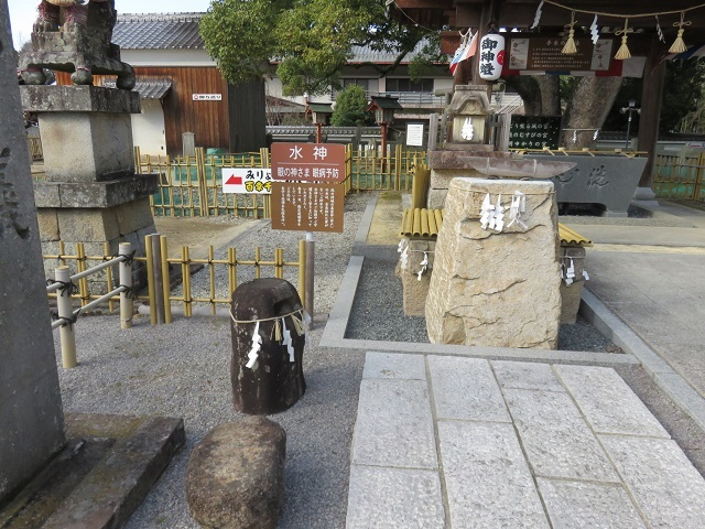万(よろず)の神様 一同に会す ~冠櫻神社~_f0346196_17014451.jpg
