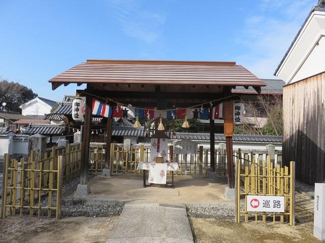 万(よろず)の神様 一同に会す ~冠櫻神社~_f0346196_17015413.jpg