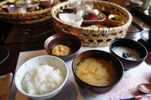 【箱根 伊豆旅行記⑪ 無雙庵枇杷の朝食】_f0215714_16045636.jpg