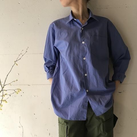 ブルーの色のシャツ COMOLI_d0364239_19574129.jpg