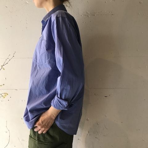 ブルーの色のシャツ COMOLI_d0364239_19580203.jpg