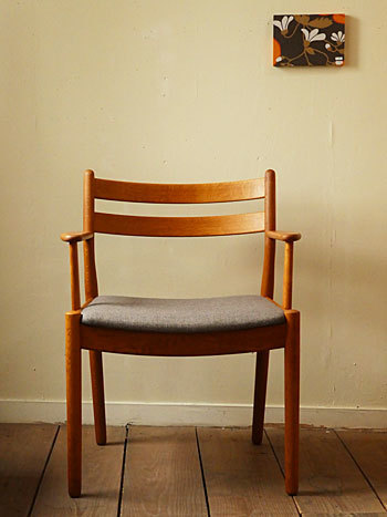 arm chair (Poul M.Volther)②_c0139773_14283904.jpg