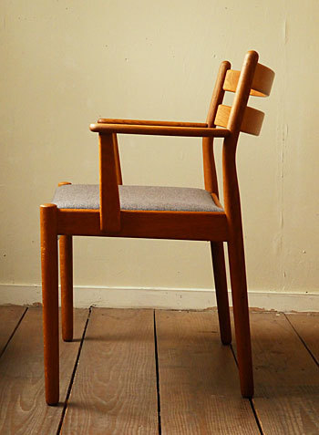 arm chair (Poul M.Volther)②_c0139773_14312731.jpg