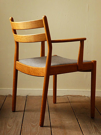 arm chair (Poul M.Volther)②_c0139773_14320486.jpg