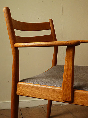arm chair (Poul M.Volther)②_c0139773_14323021.jpg