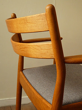 arm chair (Poul M.Volther)②_c0139773_14324580.jpg