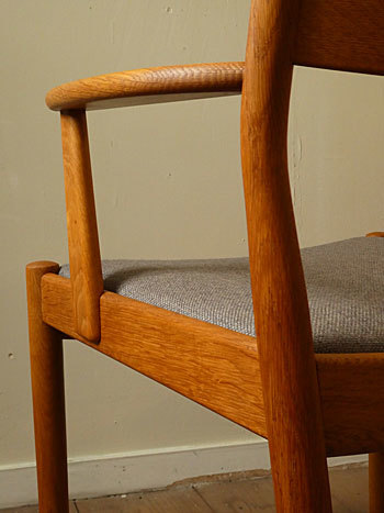 arm chair (Poul M.Volther)②_c0139773_14330397.jpg