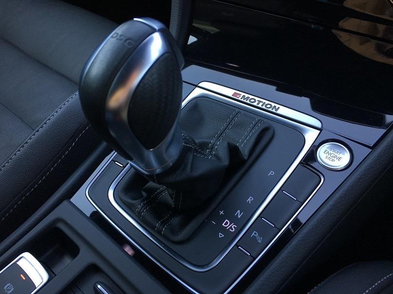 VW ゴルフ7R_b0378781_00095293.jpg