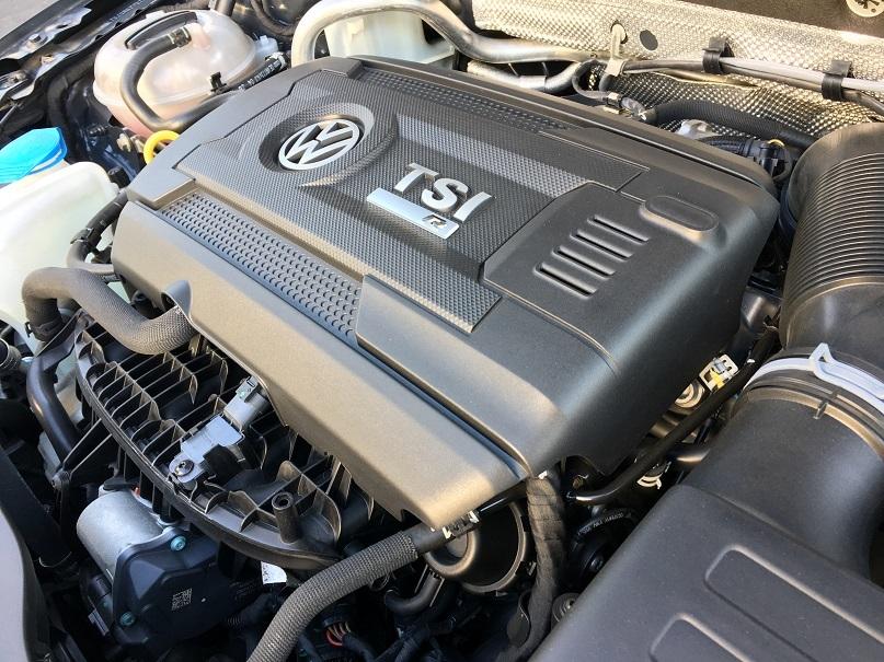VW ゴルフ7R_b0378781_00185733.jpg