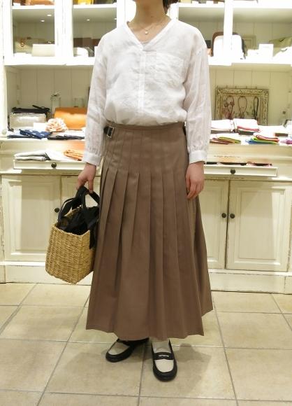 2018年 オニールオブダブリン 春のチノキルトスカートです。_c0227633_13065181.jpg