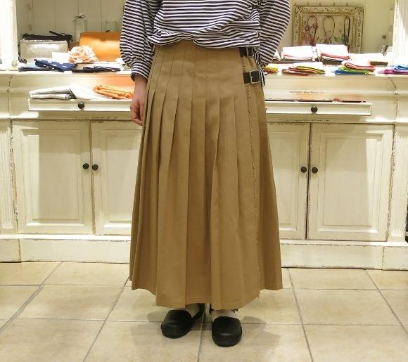 2018年 オニールオブダブリン 春のチノキルトスカートです。_c0227633_13312313.jpg