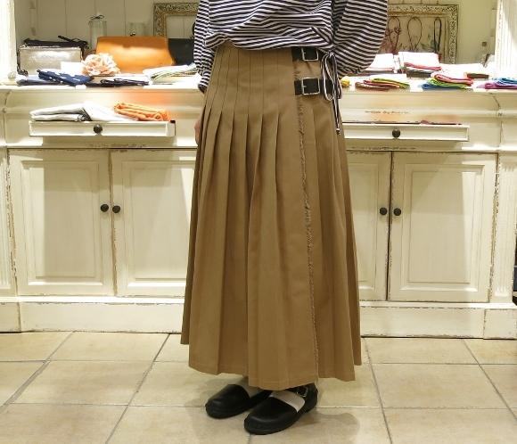 2018年 オニールオブダブリン 春のチノキルトスカートです。_c0227633_13313604.jpg