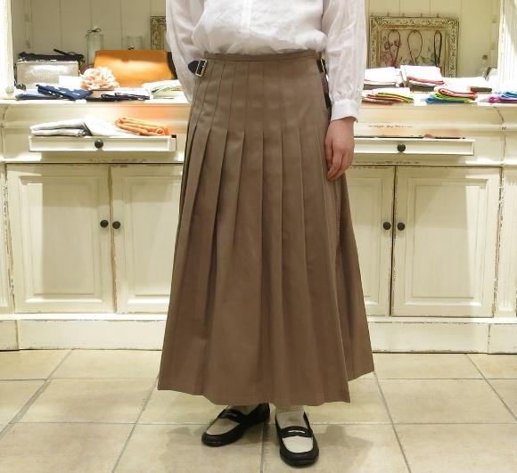 2018年 オニールオブダブリン 春のチノキルトスカートです。_c0227633_13334986.jpg