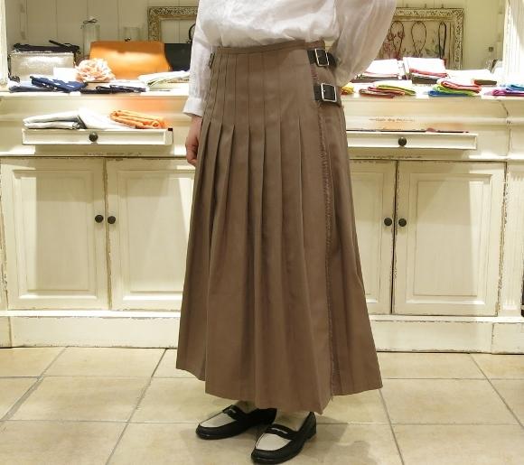 2018年 オニールオブダブリン 春のチノキルトスカートです。_c0227633_13340769.jpg